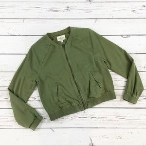 American Eagle lightweight bomber jacket green M
